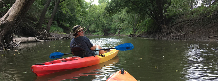Kayaking on the Spoon River