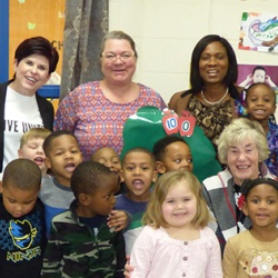 Heart of Illinois United Way President Jennifer Zammuto joined Peoria Public Schools Superintendent Dr. Sharon Desmoulin-Kherat for Read Across America Day.